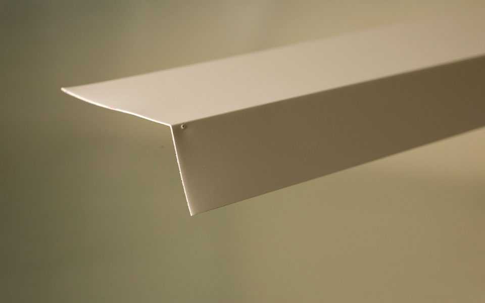 Aluminum Eavestrough/Roof Flashing (L8017)